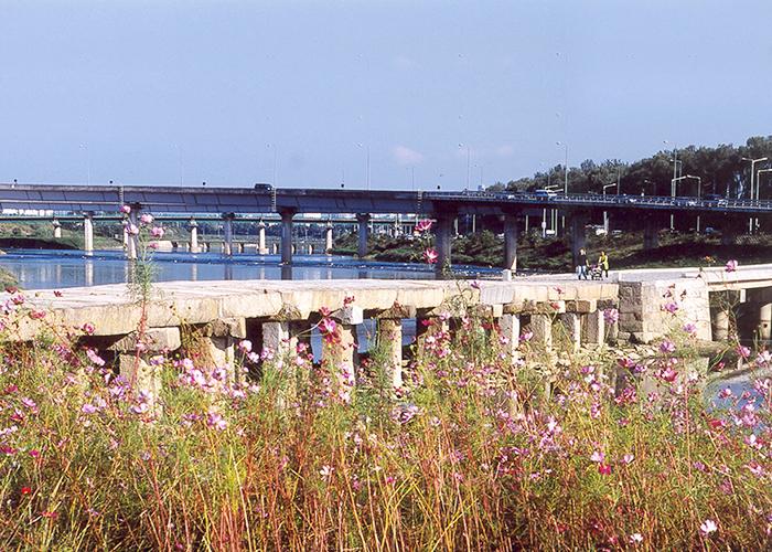 6호선 효창공원역