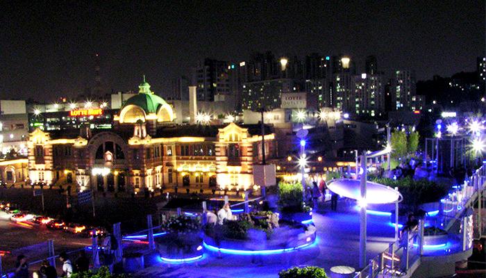 共存する都市、ソウル_ソウルロ7017_1